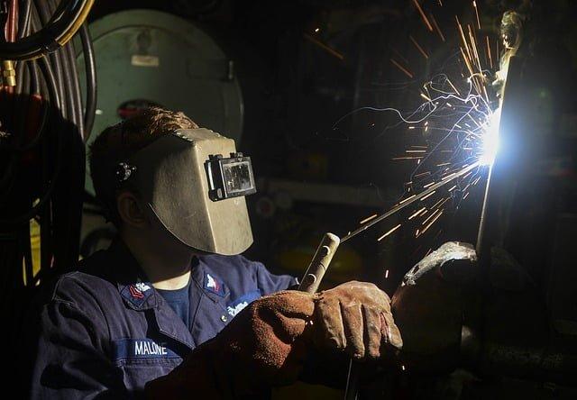 金属加工の技術:接合加工の種類と解説